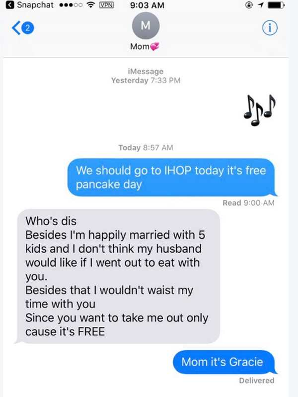 16 Hilarious Text Exchanges | Pleated Jeans