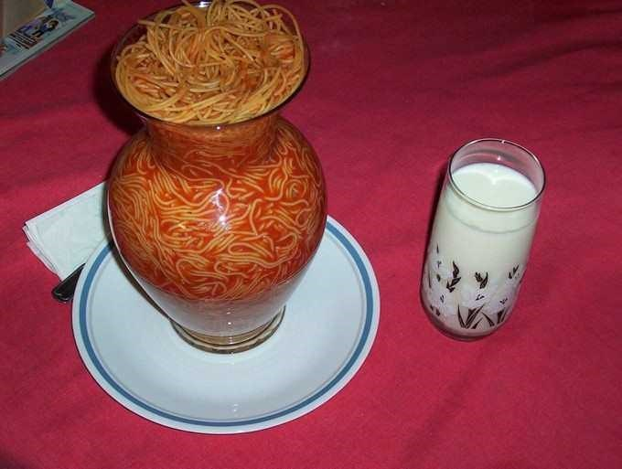 spaghetti in vase image, spaghetti in vase, cursed food, cursed food image, cursed spaghetti, cursed spaghetti image, cursed spaghetti picture