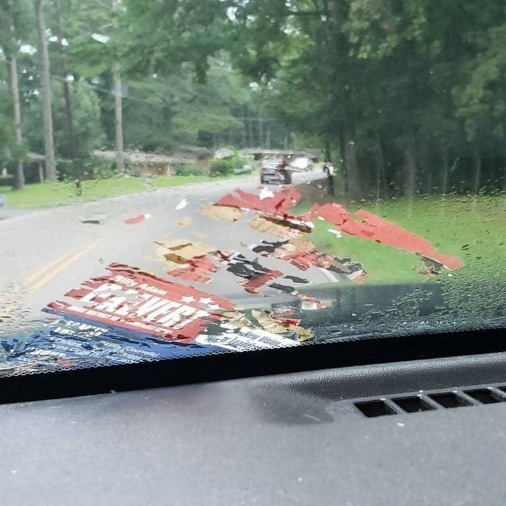 flyer stuck to windshield inconvenient picture, frustrating picture, frustrating pictures, inconvenient picture, inconvenient pictures, frustrating image, frustrating images, frustrating pic, frustrating pics, inconvenient image, inconvenient images, inconvenient pic, inconvenient pics
