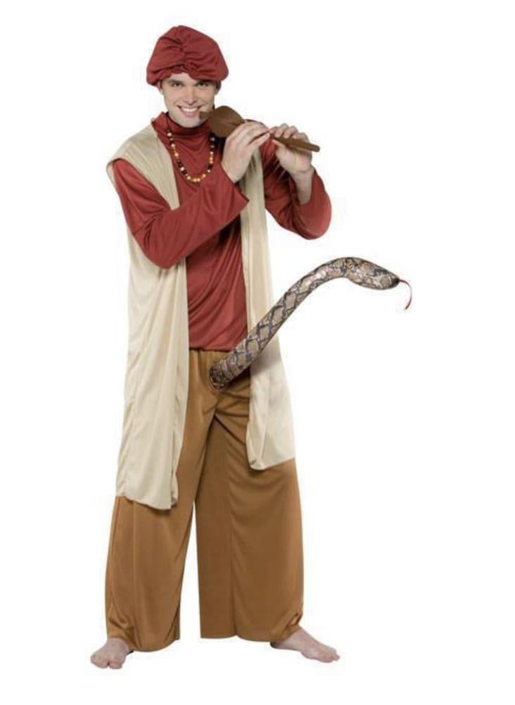snake pants halloween costume fail, halloween costume fail, halloween costume fails, funny halloween costume fail, funny halloween costume fails, hilarious halloween costume fail, hilarious halloween costume fails