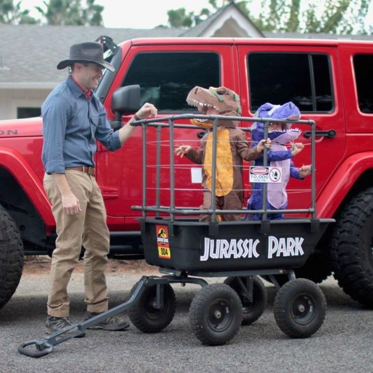 Kids dressed as dinosaurs in jurassic park