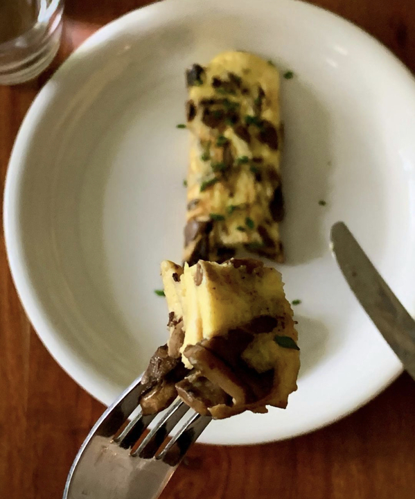 eggs and mushrooms that are poison from Phantom Thread,Movie food recreations, food on screen, instagram meals from film and TV, curmudgeonclay
