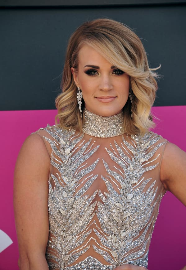 Carrie Underwood red carpet, Worst songs to listen to during sex, worst sex songs playlist, Spotify funny playlist, worst sex songs, funny songs to make love to, songs that are not sexy, pleated jeans Spotify